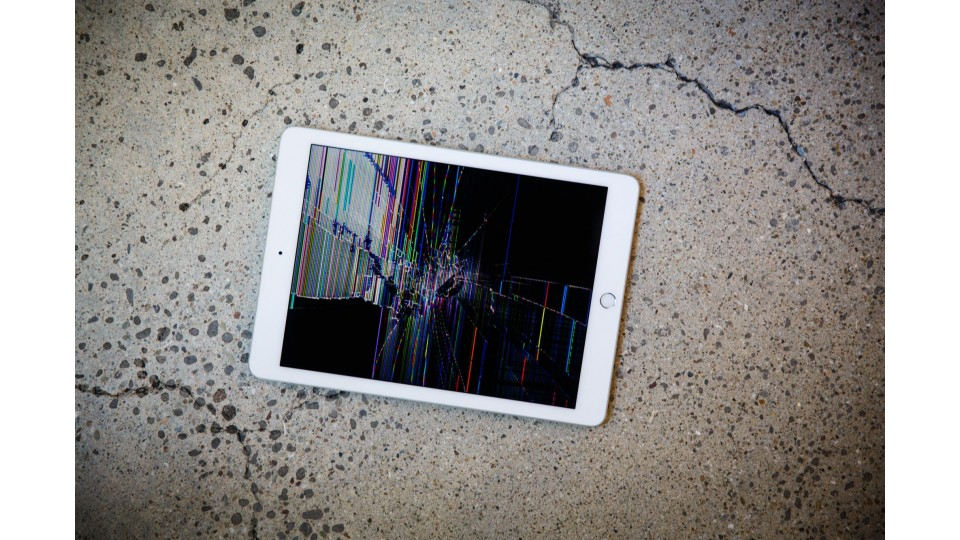 Why You Shouldn't Buy A Brand New iPad